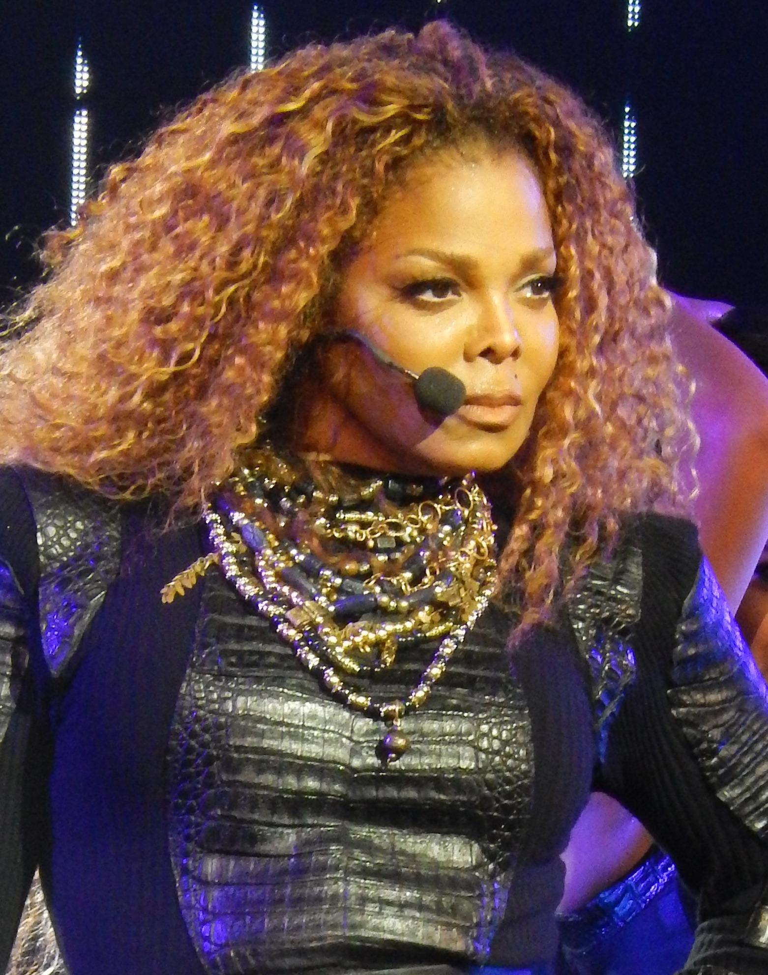 Photo of Artist Profile: Janet Jackson